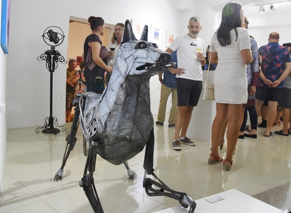 tvm.com.mt: Triumvirate – Sculptures, drawings and paintings at ArtHall, Gozo